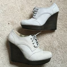 """Seychelles Oxford grey wedges Lace up Oxford wedges in size 8.5. Light grey suede ish material with dark brown """"wood"""" wedges. Worn only a few times, in great condition with 1 tiny scuff on side, very slight fading from storage. So adorable! Seychelles Shoes Lace Up Boots"""