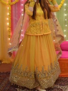 Asian Bridal Dresses, Party Wear Indian Dresses, Pakistani Fashion Party Wear, Cute Dresses For Party, Pakistani Wedding Outfits, Designer Party Wear Dresses, Stylish Dresses For Girls, Stylish Dress Designs, Pakistani Wedding Dresses