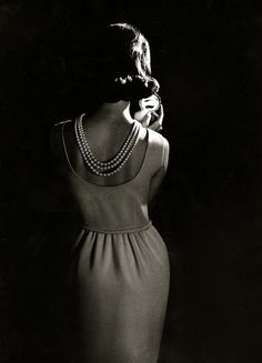 Pearls, 1950s Chic!