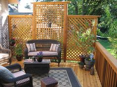 Awesome Deck Privacy Ideas Deck Privacy Ideas 200 - beautiful, simple DIY backyard decksBreathtaking ideas for a back yard deck privacy ideas exclusively on Homestre home Trendy Ideas Backyard Privacy Lattice Garden Privacy Screen, Privacy Fence Designs, Outdoor Privacy, Backyard Privacy, Pergola Patio, Backyard Patio, Backyard Landscaping, Landscaping Ideas, Pergola Kits