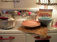 """Love the """"Country Style"""" of the and Reminds me of a gentler simpler time. Cozy Kitchen, Kitchen Items, Country Kitchen, Country Living, Country Decor, Country Style, Kitchen Things, Vintage Country, Country Life"""