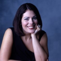 Sondra Radvanosky, Verdi specialist with a personality as warm as her smile Divas, Ballet Music, Metropolitan Opera, Opera Singers, Beautiful Voice, Her Smile, 20th Anniversary, Classical Music, World