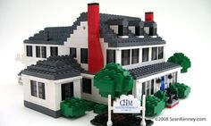 Historic house, LEGO bricks.  By Sean Kenney. LEGO home.