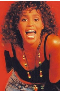 Whitney Houston Beverly Hills, Whitney Houston Pictures, Guinness World, African Beauty, Young And Beautiful, Celebs, Celebrities, Beauty Skin, Music Artists