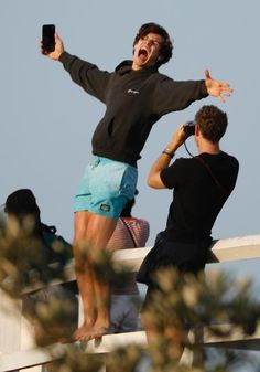 — shawn x byron bay: a masterpost Shane Mendes, Shawn Mendes Cute, Shawn Mendes Imagines, Fangirl, Shawn Mendes Wallpaper, Mendes Army, Byron Bay, Celebrity Crush, Future Husband