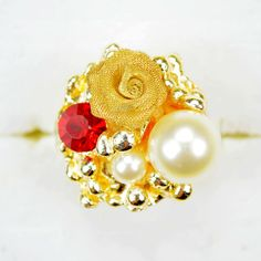 Free shipping and no min order! The Most Beautiful Rings Gold Pinky Rings Women With Rhinestone And Pearl $7.77