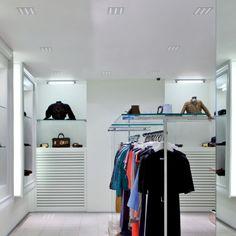 ATLANTE - Recessed ceiling spotlight, ideal for the lighting of entrances, corridors, shops, show-rooms. #LED #light_e_design #design #illumination #lamp #lightdesign #indoor #lighting #lamp #pendant #iluminacion #decor #shop #decoracion #lampara