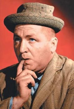 Curly Howard - The Three Stooges The Three Stooges, The Stooges, Great Comedies, Classic Comedies, Classic Films, Comedy Acts, Abbott And Costello, Laurel And Hardy, Nfl News
