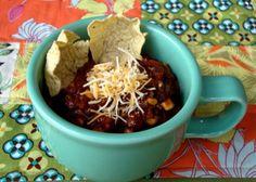 "Vickie Howell: Rock on! in the Kitchen - Crockpot Vegetarian ""Beef"" Chili Inside Interweave Crochet - Crochet Me"