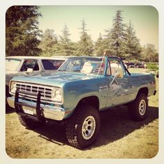 '75 Ramcharger just a rare cool truck. Lots of Blazers and Broncos of this year, but not many Ramchargers.