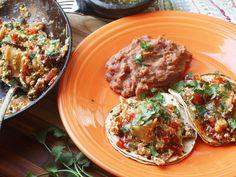 Vegan migas (mexican-style fried tortillas with tofu) recipe serious eats. Vegan Recipes Videos, Best Vegetarian Recipes, Tofu Recipes, Vegan Breakfast Recipes, Mexican Food Recipes, Healthy Recipes, Healthy Food, Delicious Recipes, Salad Recipes