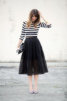 Chic in all black like a fashionista ballerina. Black top and cute peach tulle skirt. Sparkly top, tulle skirt and leopard pr. Dress Skirt, Dress Up, Black Tulle Skirt Outfit, Dress Black, White Dress, Silvester Outfit, Fashion Beauty, Womens Fashion, Vogue Fashion