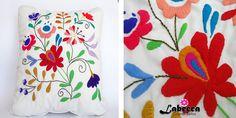 Labecca. Cojines Bordados a Mano, Bucaramanga Colombia, tenemos una variada galeria de cojines bordados en brillantes colores, todo a mano