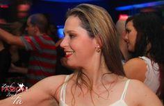 Já estão no ar as fotos da noite Zouk de domingo, 06/09/2.015 no Memphis Bar.  Se quiser ir direto, acesse: http://www.zoukpassion.com/zoukforfa/Fotos/zouk-for-fa-memphis-06-09-2015/index.html  Noites de domingo no Memphis bombando com o melhor Zouk de São Paulo, com muitas comemorações de aniversário e muita gente bonita.  Acesse os vídeos da Roda dos Aniversariantes em: http://www.zoukpassion.com/zoukforfa/videos.htm  Acompanhe a nossa agenda do Zouk em…
