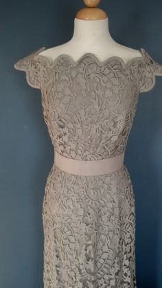 Tadashi Shoji Lace Overlay Gown - Nude - sz 10