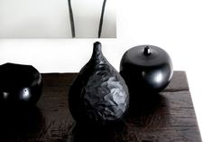 kanae – ARCADE. Various vases and vessels in mouth blown, hand ground black glass. Master works from Murano, available at Graye LA