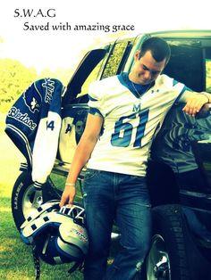 senior picture with truck | Boy senior truck football