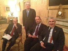 Pier Luigi Bersani, Angelino Alfano e Pierferdinando Casini al vertice di Palazzo Chigi con Mario Monti (15 marzo 2012)