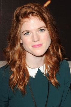 22 pictures of hot redhead Rose Leslie from Game of Thrones. Never mind we do not like the show, we certainly like her good looks! Rose Leslie, Aberdeen, Beautiful Redhead, Beautiful Women, Red Hair Inspo, Rides Front, Scarlett, Ginger Hair, Freckles