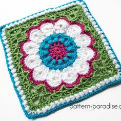 Free Crochet Pattern: Casablanca Crochet Square | Pattern Paradise Crochet Mandala Pattern, Crochet Square Patterns, Tapestry Crochet, Crochet Squares, Crochet Granny, Afghan Patterns, Crochet Afghans, Crochet Blankets, Crochet Ideas