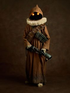Artist Sacha Goldberger's version of a Jawa