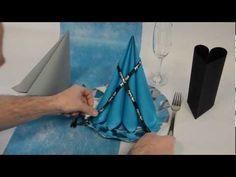 Passez au niveau au-dessus avec l'apprentissage du pliage de serviette en pyramide ! #deco #table http://www.youtube.com/watch?v=RxuBKMGBz8E