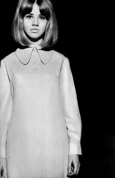 Photo by Terence Donovan, 1966. I wish this hair would look good on me