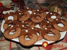 Výborné pečivko na sviatočný stôl. Tieto voňavé kolieska sú také fantastické, že u nás doma ich máme ešte radšej ako linecké! Non Plus Ultra, Cake Cookies, Doughnut, Goodies, Food And Drink, Gluten Free, Xmas, Sweets, Snacks