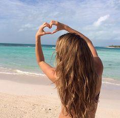 Gisele Bundchen #summer #beach #heart