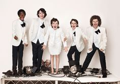 The+Stranger+Things's+young+cast+has+unveiled+some+details+about+the+season+2