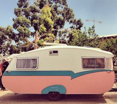 1965 Roadmaster from South Australia | retro caravan pink & white with blue detail | vintage camper - trailer | <O>