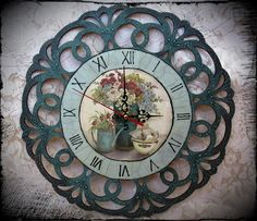 """Wall Clock """"Vintage Flowers"""" (picture by Kathrine White). Decoupage."""