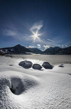 Kaiserwetter by Thomas Vorwerg on 500px... #bavaria #blue #germany #ice #schliersee #sigma #sky #snow #sun #sunlight