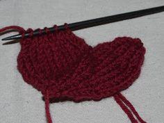 DIY med Ulla-Bella : Et tovet hjerte blir til Knitting, Diy, Tricot, Bricolage, Breien, Stricken, Do It Yourself, Weaving, Knits