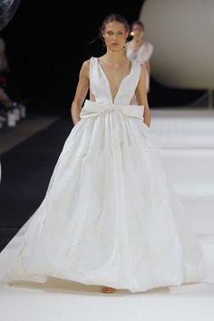 e3da64c63acd YOLANCRIS   #Yolancris #highfashion #runway #couture #brides #wedding  #weddigdress