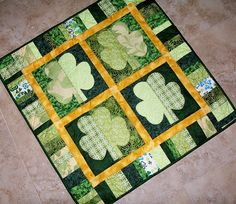 Shamrock applique wall hanging.  Picture only but should be easy to duplicate.