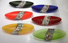 """Multicolour mosaic oval plate. Made of first choice """"canna"""", melted under heat. Available in 6 colours: orange, green, blue, black, yellow and red, now at a discounted price: $66.25"""
