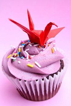Cupcake and origami crane