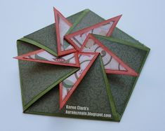 Cards: Kare 'n Create: Weihnachtskarten-Herausforderung Choosing room colors change the way a Fancy Fold Cards, Folded Cards, Wedding Cards Handmade, Shaped Cards, Winter Cards, Pop Up Cards, Pretty Cards, Creative Cards, Diy Cards
