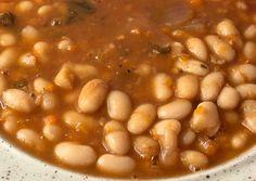 Αγιορείτικη αλάδωτη φασολάδα με πορτοκάλι συνταγή από Raindrop - Cookpad Beans, Vegetables, Coffee, Food, Kaffee, Essen, Vegetable Recipes, Cup Of Coffee, Meals