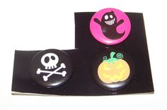 "3x Halloween Buttons Pins Ghost Skull & Crossbones Jack O Lantern Pumpkin 1"" #Unknown"
