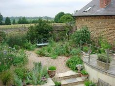 Introducing garden designer, James Alexander-Sinclair... | Flowerona