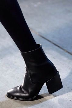 Helmut Lang ankle boots - a girl can't have enough black boots (I hope) Fashion Mode, Look Fashion, Fashion Shoes, Womens Fashion, Fashion Black, Trendy Fashion, Classy Fashion, Fashion Outfits, Girl Fashion