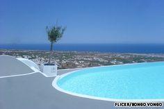 Carpe Diem, Santorini - suites with private pools