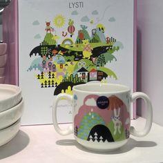 Детская посуда LYSTI, потрясающее качество! Stork, Nest, Mugs, Tableware, Nest Box, Dinnerware, Tumblers, Tablewares, Mug