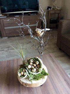 Easter Tree, Easter Wreaths, Spring Projects, Spring Crafts, Bird Nest Craft, Branch Decor, Easter Crafts, Floral Arrangements, Paste