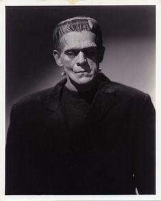 Boris Karloff as Frankenstein. Monster Horror Movies, Classic Monster Movies, Horror Monsters, Classic Horror Movies, Classic Monsters, Boris Karloff Frankenstein, Frankenstein 1931, Arte Horror, Horror Art