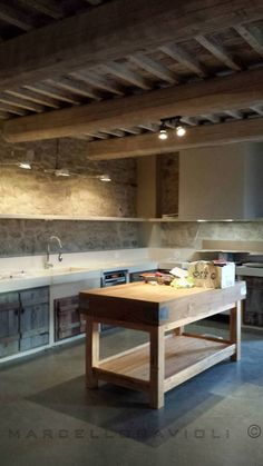 Marcello Gavioli - Project - Casale Posabile by Special Umbria - Country Kitchen Ideas Farmhouse Style, Farmhouse Plans, Rustic Kitchen, Kitchen Decor, Dirty Kitchen, Cocinas Kitchen, Tadelakt, Tuscan House, Tuscan Decorating