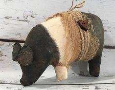primitive country decor farm pig Hampshire pot bellied pig