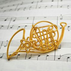Personalized Handmade Horn Ornament/ Custom French Horn Charm/ Keychain/ Pendant/ Musical Instrument Hanging Accessory/ Wire Artwork